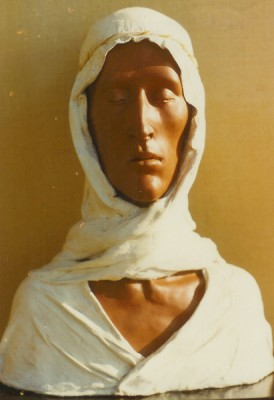 Head with white cover (ceramic and plaster cloth turban)