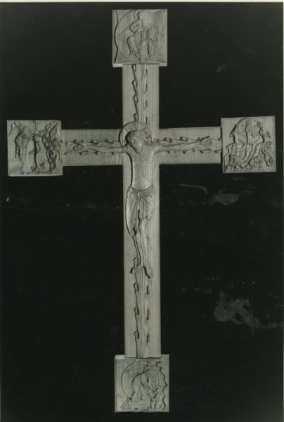 Romanesque styled cross, in limewood (Bath, U.K.)